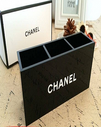 Khay Cắm Cọ 3 Ngăn Chanel