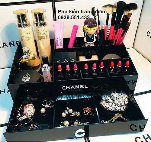 Khay Kệ Đựng Mỹ Phẩm Chanel Lớn