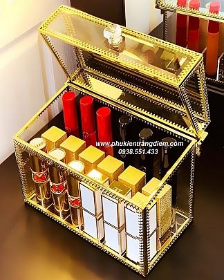 Hộp Đựng Son Môi 18 Ô Golden Viền Vàng