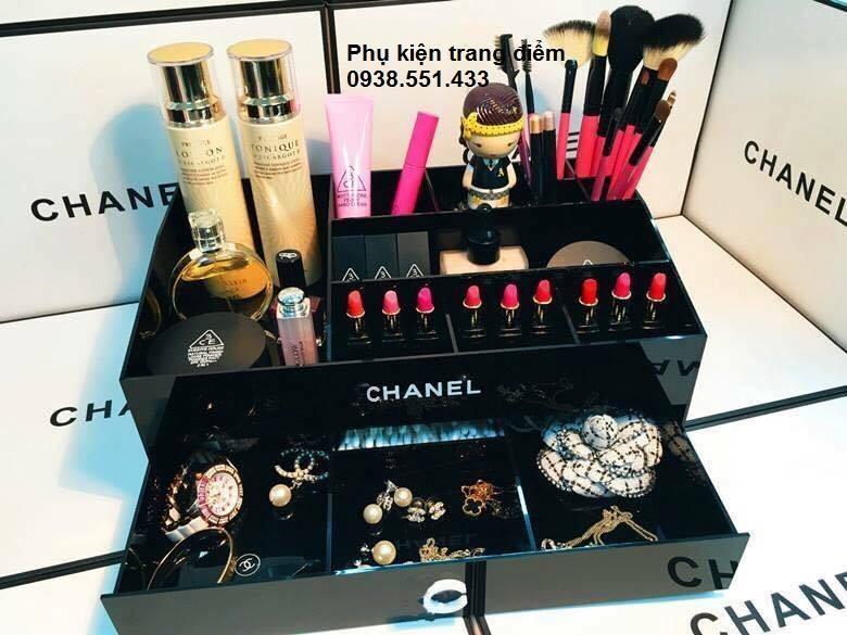 khay Chanel đựng mỹ phẩm tphcm