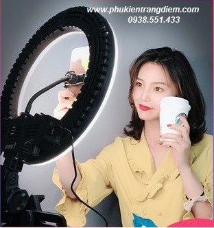 đèn hỗ trợ livestream bán hàng, trang điểm, phun xăm chuyên nghiệp