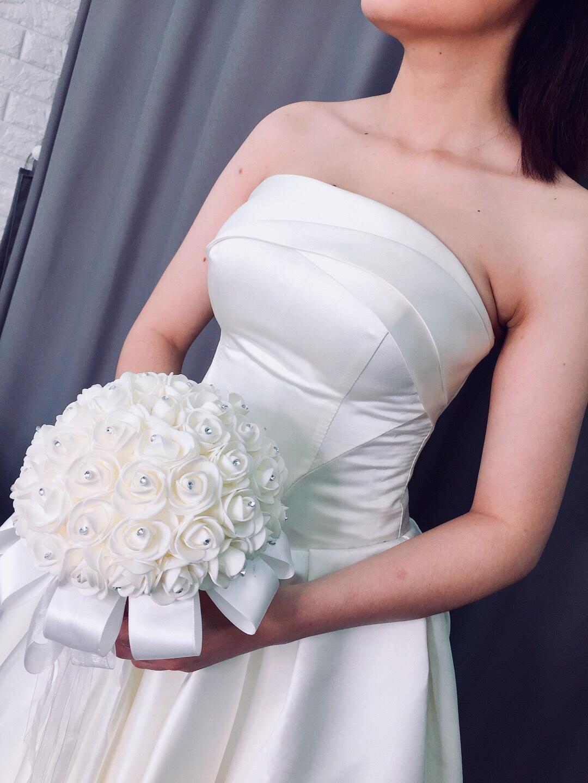 Váy cưới cúp ngực trơn