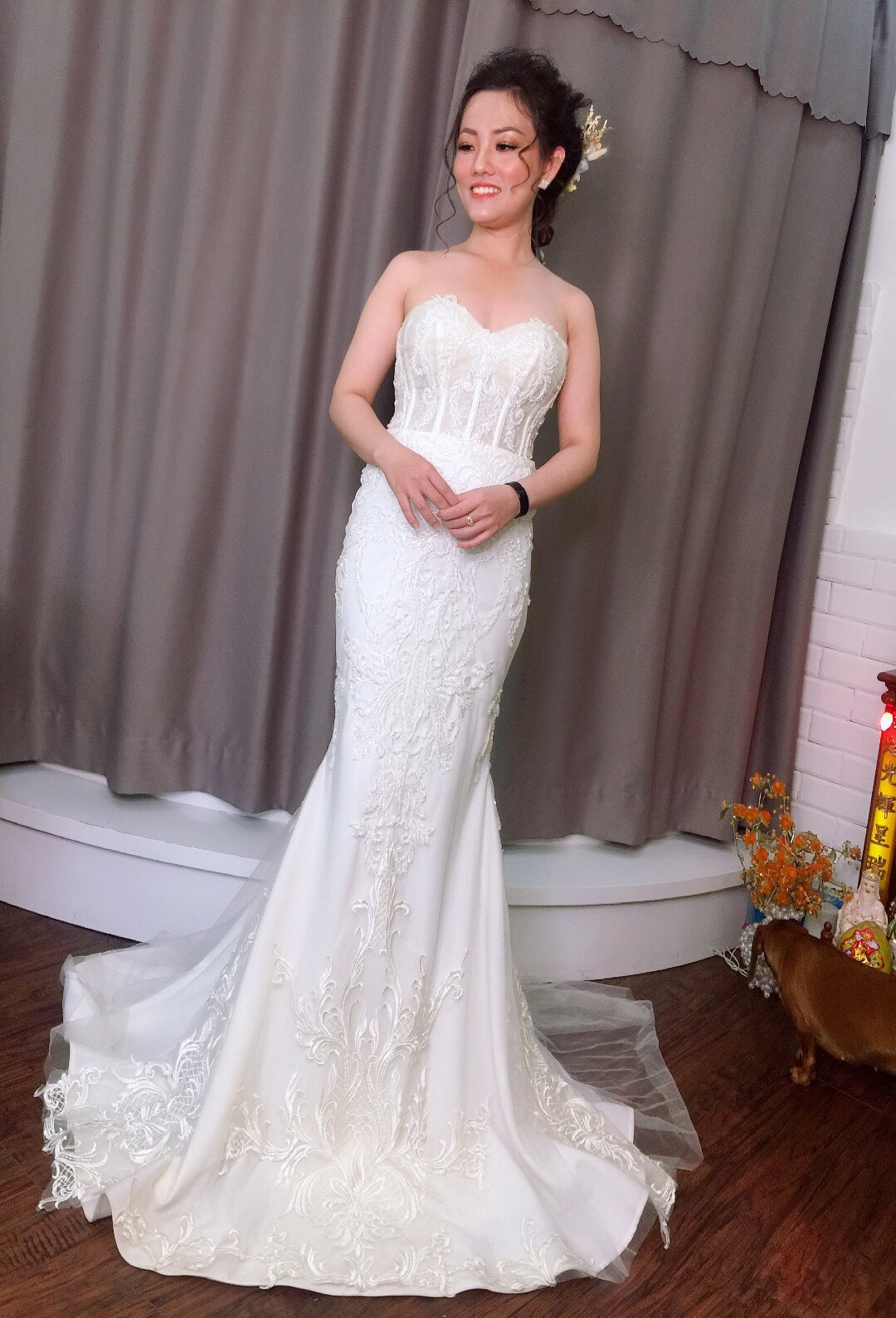 Váy cưới cúp ngực đuôi cá