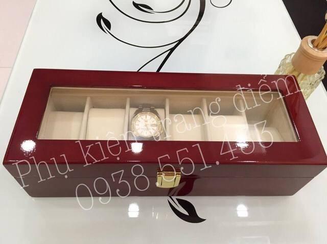 Hộp đựng đồng hồ bằng gỗ đựng 6 cái đồng hồ sáng bóng sang trọng