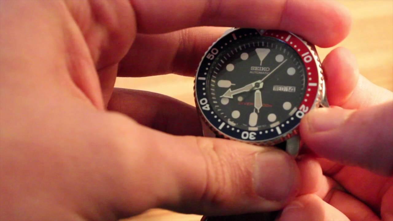 cách chỉnh giờ đồng hồ cơ tự động