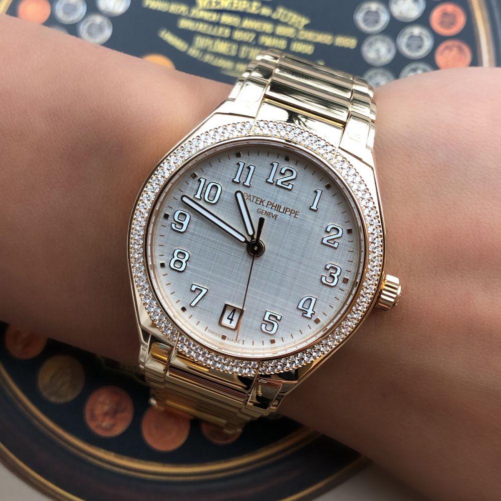 mẫu đồng hồ tự động đeo tay tự xoay giá rẻ