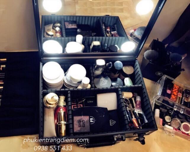 cốp thùng vali trang điểm make up có đèn size nhỏ