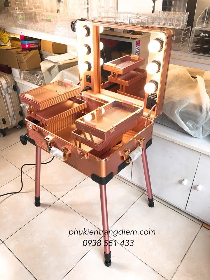 cốp thùng make up trang điểm có đèn và chân giá rẻ tphcm