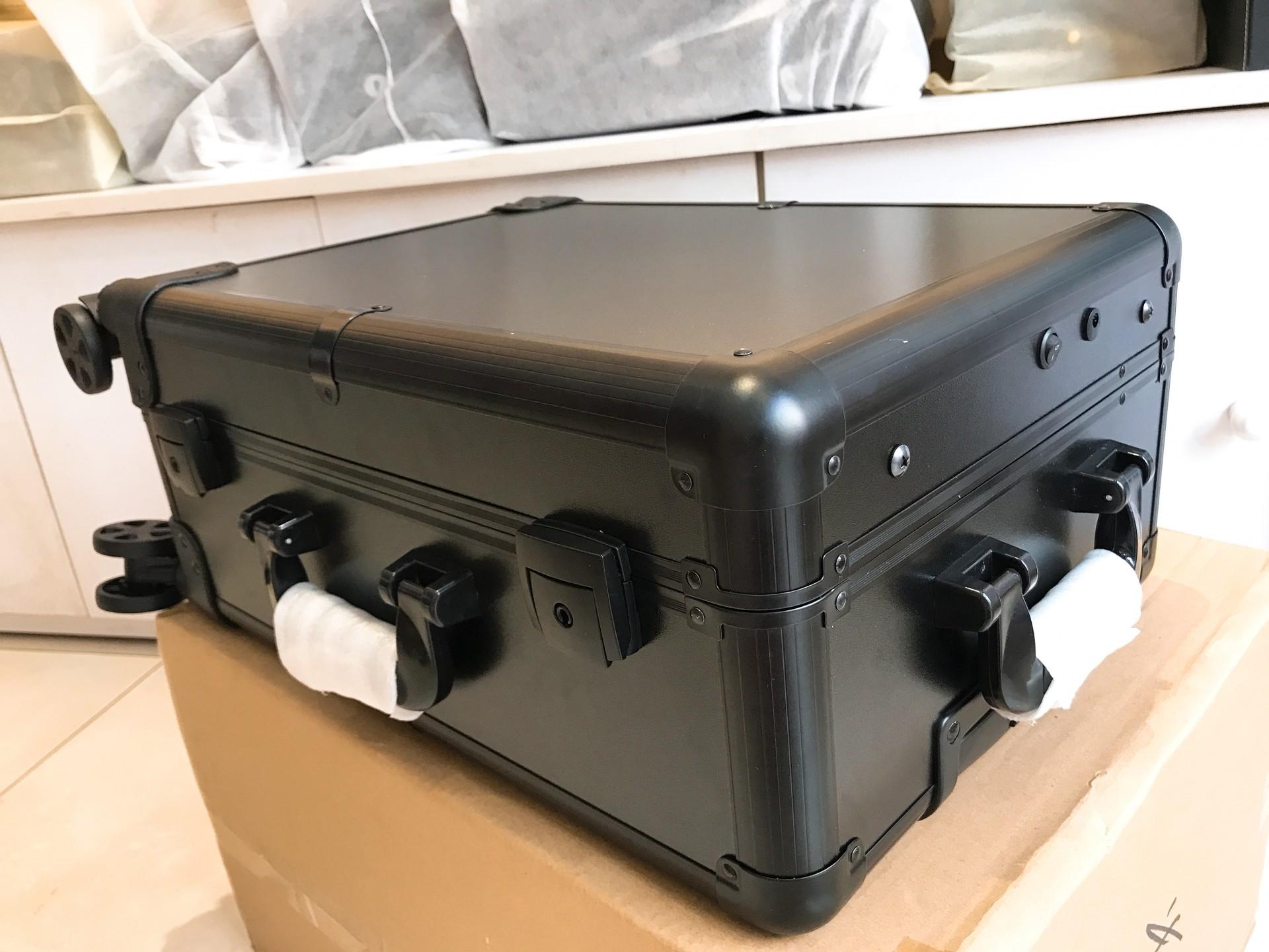 cốp thùng trang điểm có đèn size nhỏ gọn nhẹ