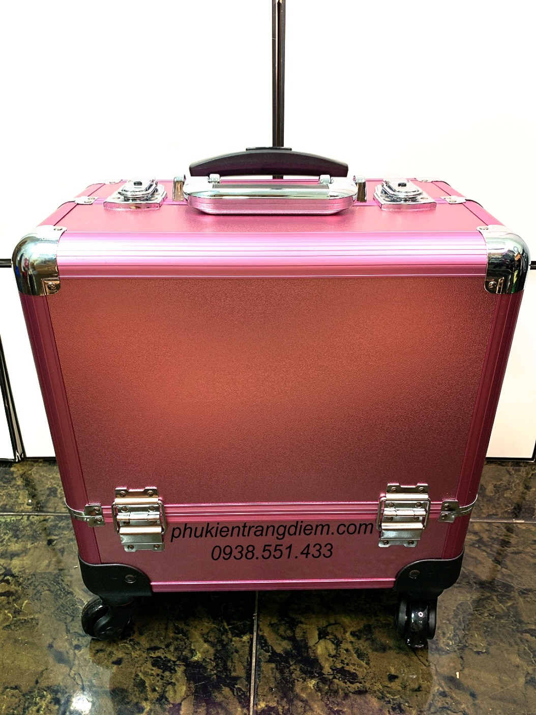 cốp vali kéo make up chuyên nghiệp màu hồng