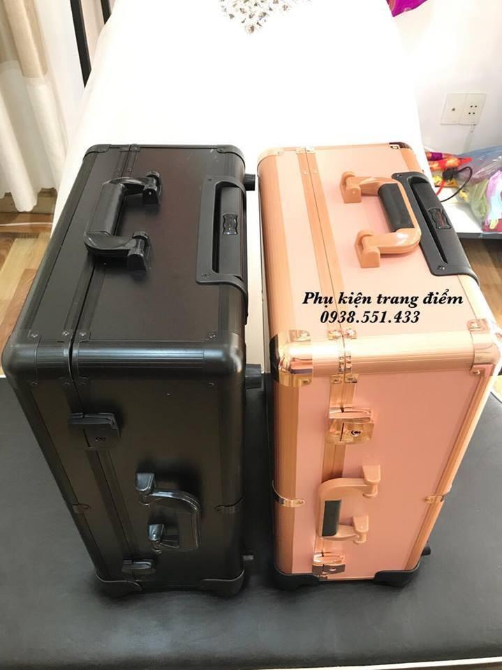 Thùng vali trang điểm có đèn ở tphcm