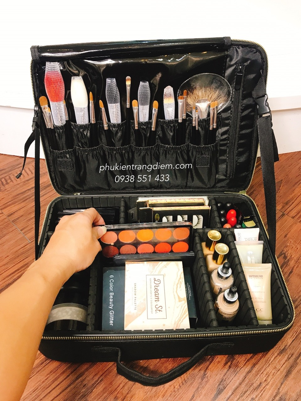Vali cốp trang điểm bằng vải hỗ trợ make up chuyên nghiệp