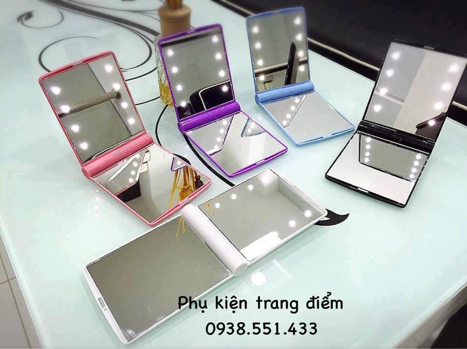 Gương trang điểm mini đèn led siêu đẹp và cao cấp