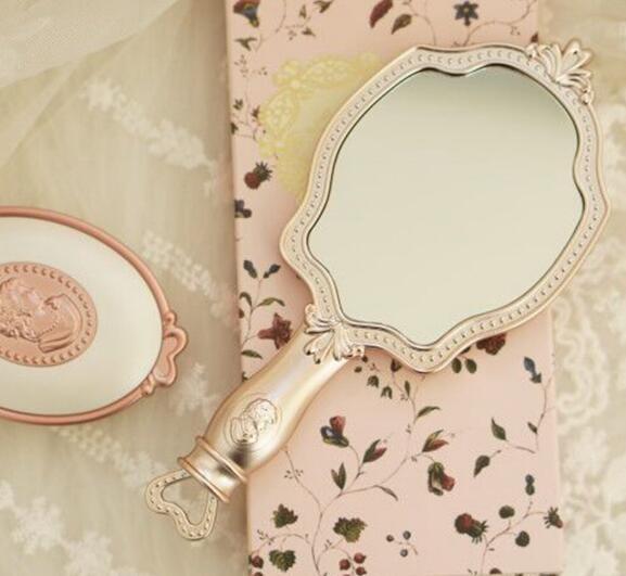 bán gương trang điểm cầm tay mini Laduree