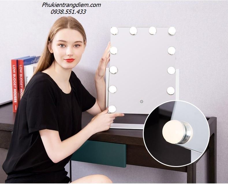kiếng gương soi trang điểm có đèn led để bàn cỡ lớn giá rẻ