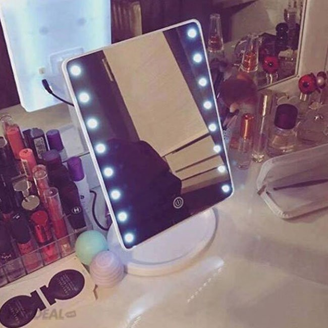gương trang điểm để bàn có đèn led cảm ứng giá rẻ