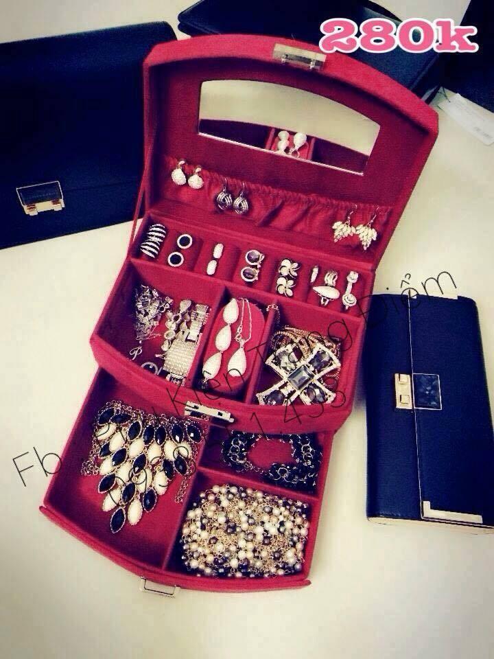 hộp đựng trang sức nữ trang bằng nhung nhỏ gọn