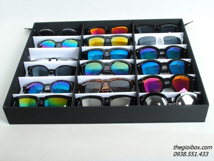 khay kệ giá đựng mắt kính trưng bày kính mắt có nắp chống bụi