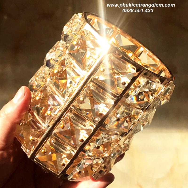 hũ lọ cắm cọ trang điểm pha lê diamond