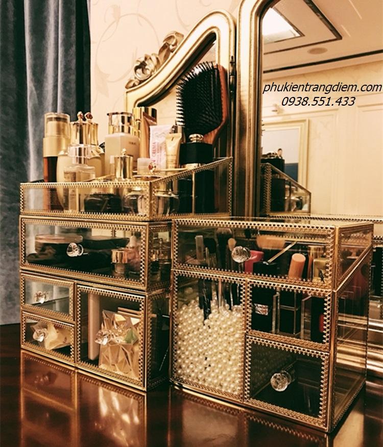 khay kệ trang điểm mạ vàng golden đựng mỹ phẩm để bàn