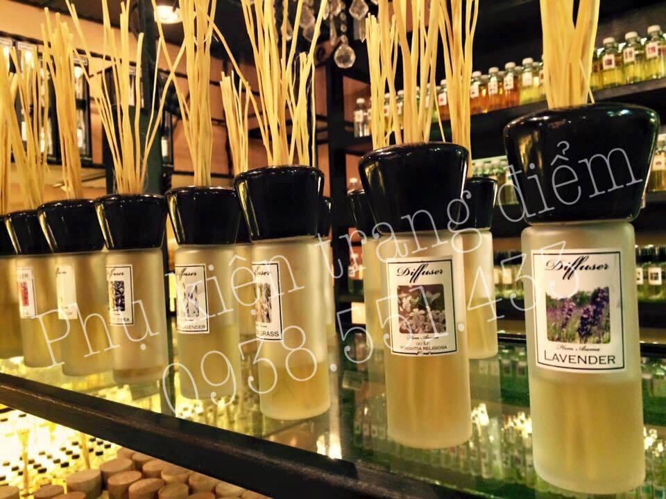 bán tinh dầu tỏa hương thơm phòng ở đâu ?